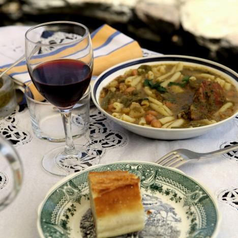 erbalunga corse table hotes cuisine famille